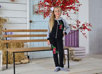 Спортивний костюм- Троянди чорний