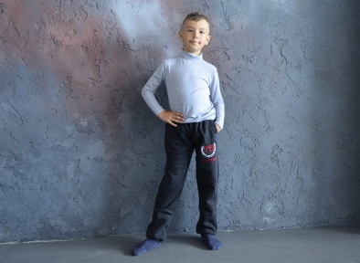 Спортивные штаны утепленные, антрацит с красным