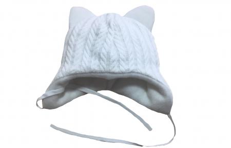 Шапка тепла- Біла вязана